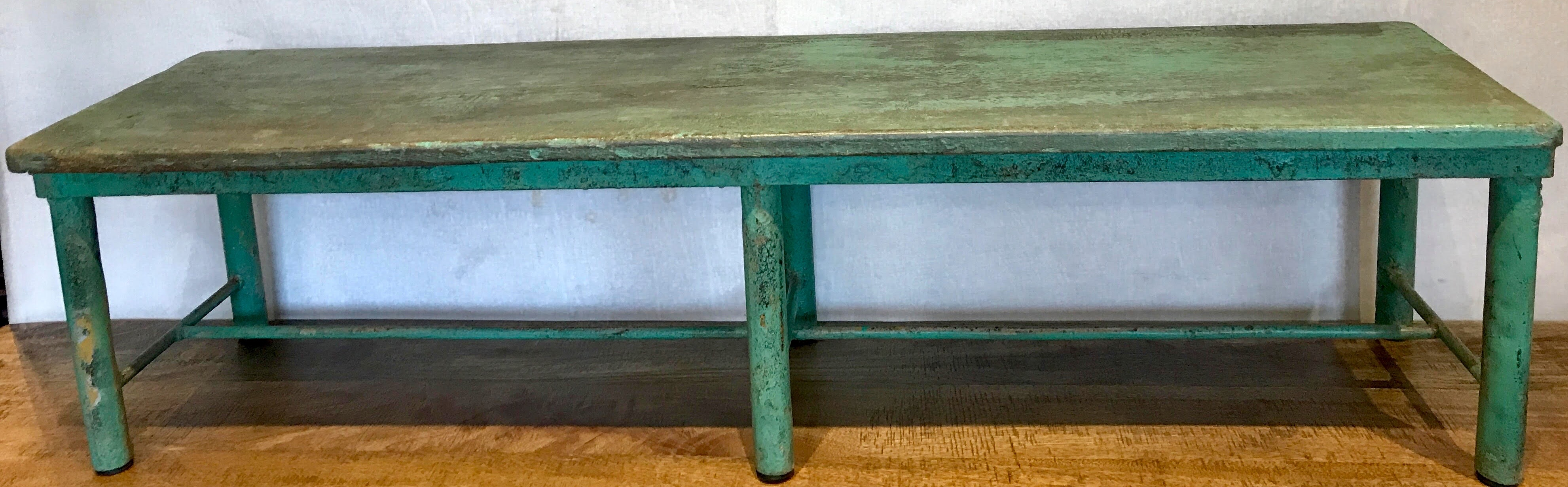 BENCH TURQUOISE METAL LOW
